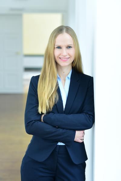 Dr. Nina Bohlke